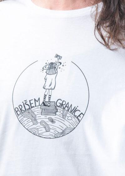 Majica sa natpisom Brisem granice